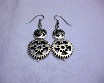 Gear earrings, steampunk