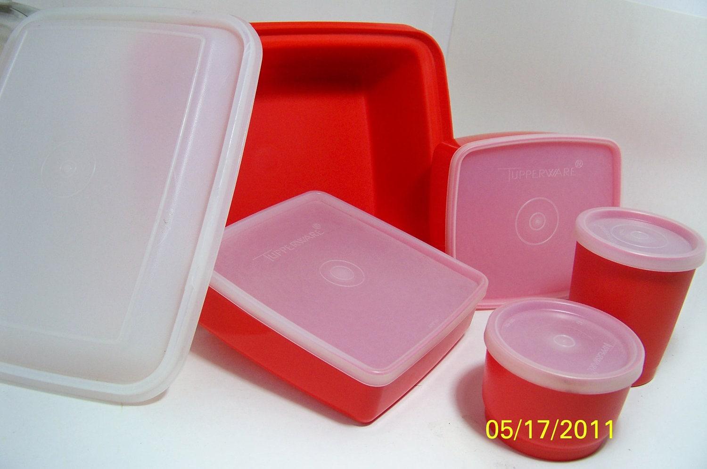 vintage tupperware lunch box orange. Black Bedroom Furniture Sets. Home Design Ideas