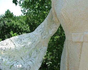 Wedding dress vintage 1970s Jessica mc Clintock gunne sax style lace hippie bridal gown