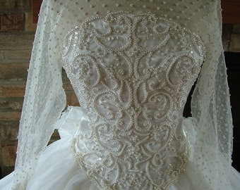 Wedding dress vintage pearl beaded bridal gown ballgown tulle skirt 1990s does 1950s