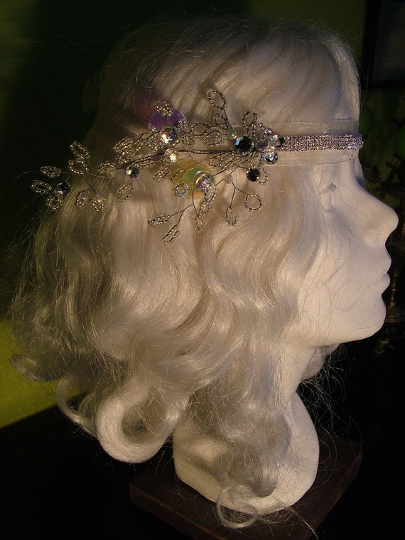 50 percent OFF 1920s Inspired Wedding headband handmade with rhinestones pearls tiara veil Flapper headpeice