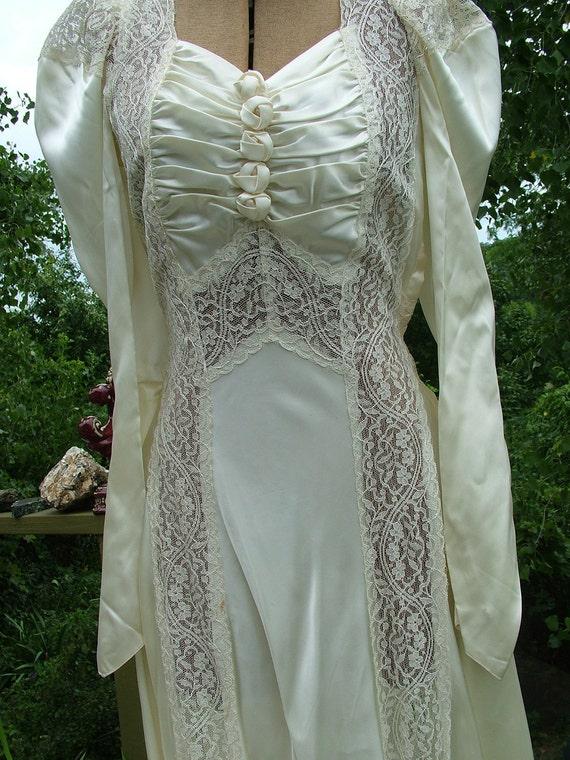 Wedding dress 1930s vintage bias cut with lace panels