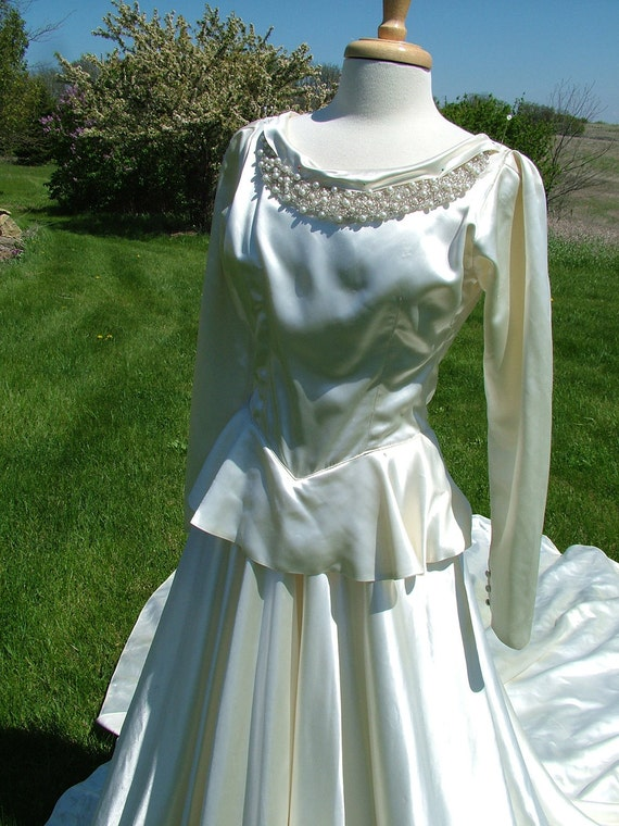 Items similar to wedding dress vintage 1940s peplem skirt for Best etsy wedding dress shops
