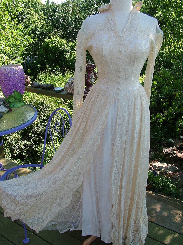 Vintage 1940s wedding dress ecru lace slipper satin bridal for Slipper satin wedding dress