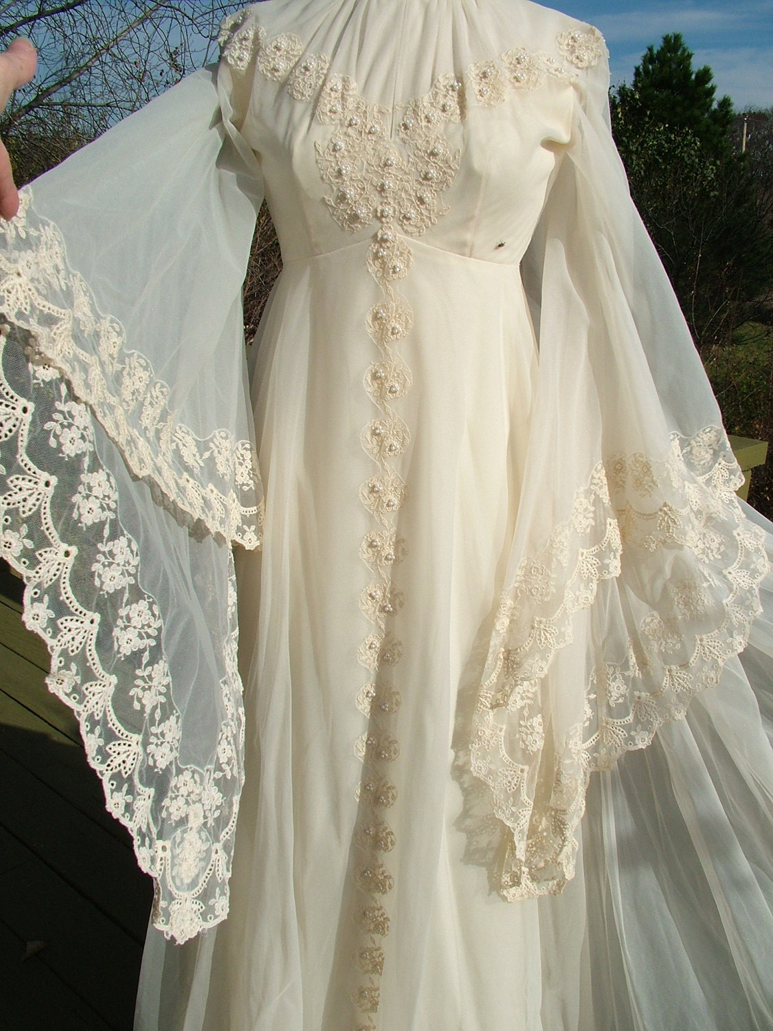 Vintage 1970s lace hippie fairy wedding dress poet sleeves