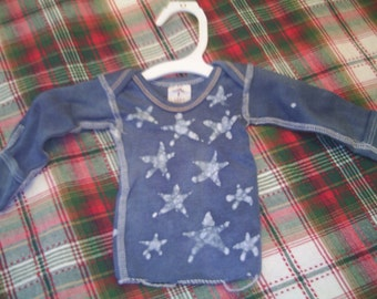 baby 0-3 months long sleeved batik star tee
