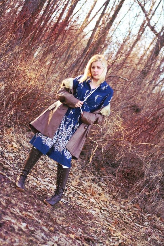 Sale-------20% off Vintage 70's navy blue floral dress with belt--------Sale