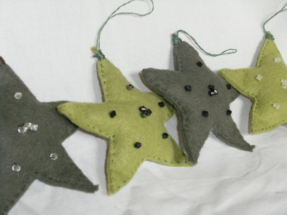 SALE- Felt Star Ornaments/ Gift Tie-Ons (4)- Evergreen