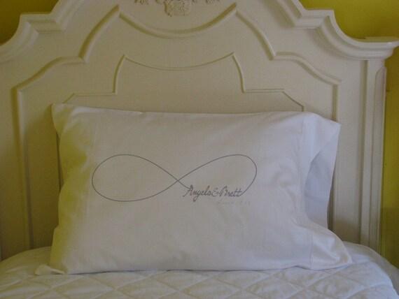 1 Personalized Pillowcase Infinity Couple