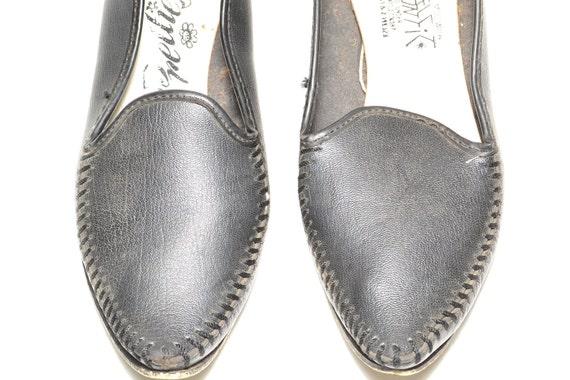 Aladdin Shoes size 5 1/2