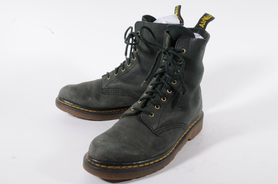 Dr. Martens Green US Size 6. 5 Ultra Suede Made in UK