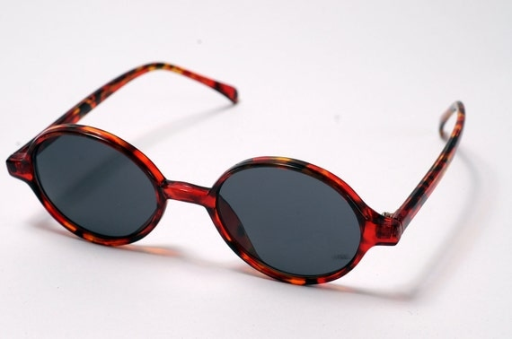 Red Brown Tortoise Round Sunglasses