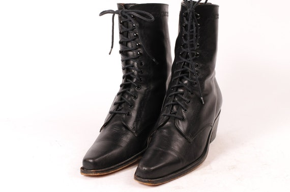 Guess Size 8 Boot Woman