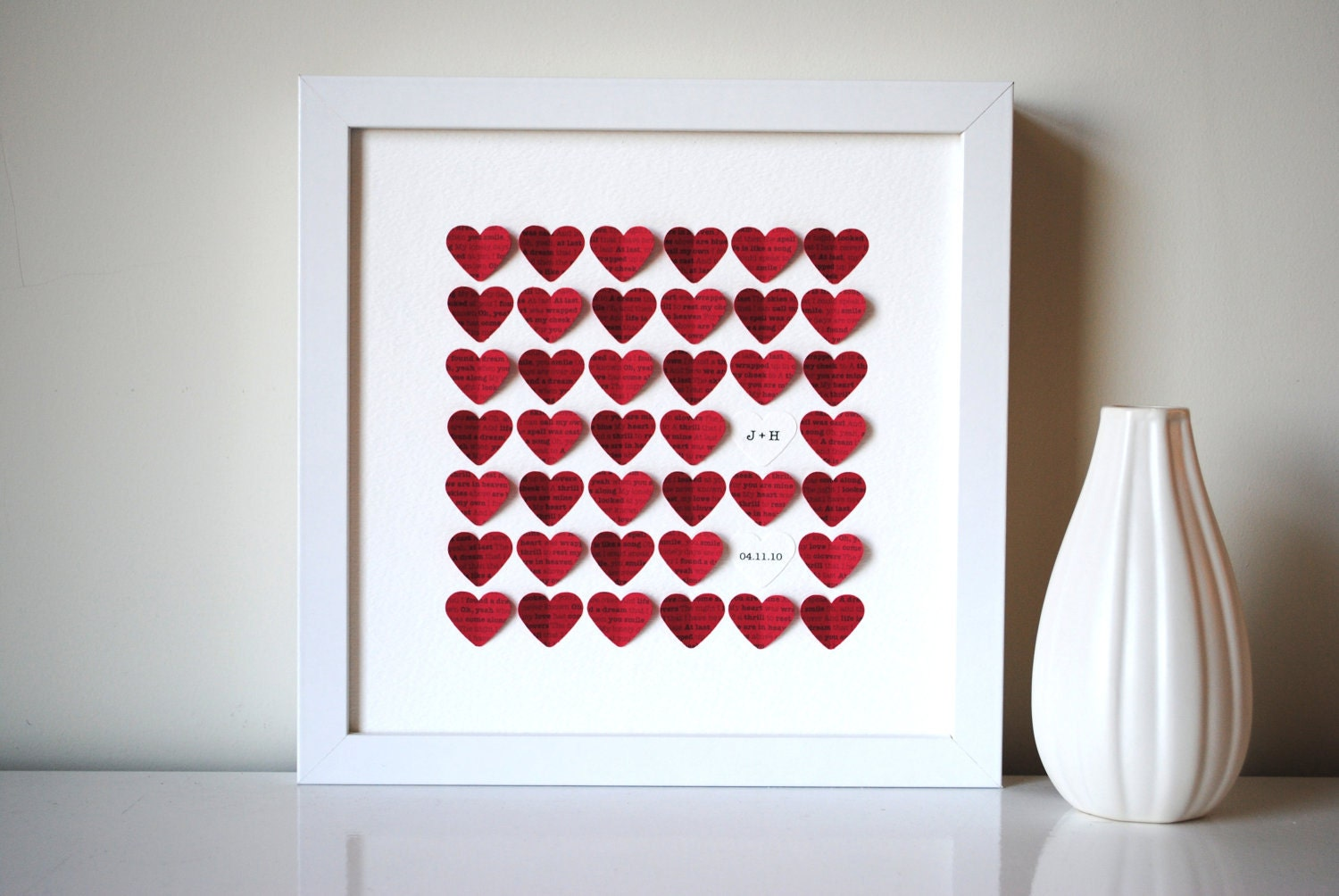 Unique Gifts Wedding: Personalized Wedding Gift 3D Song Hearts Red Made From