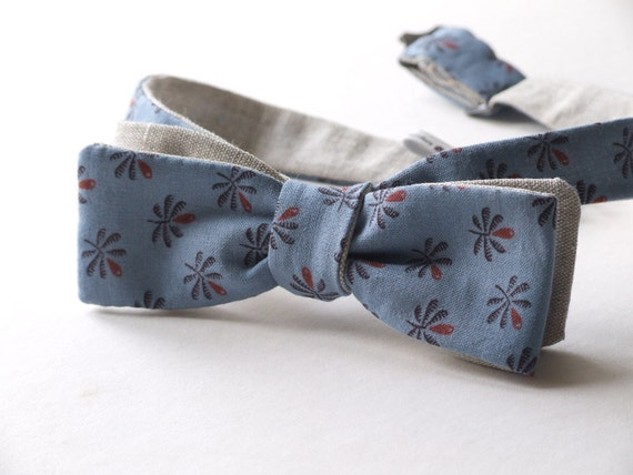 Skinny style bow tie - blue cotton print fabric & linen fabric on reverse, self tie, freestyle for men.