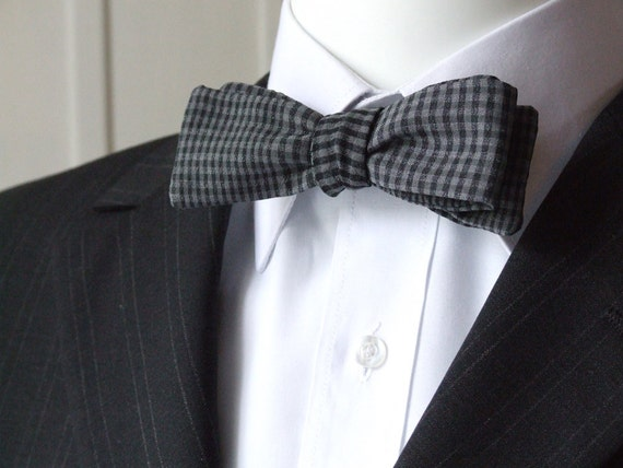 Skinny style bowtie, gray check fabric, self tie, freestyle for men.