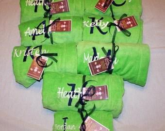 Bridesmaids Gift, Bridesmaid Gift, Bridesmaid Spa Wrap, Terry Velour Wrap, Bridesmaids Gifts, Brides Wrap, Personalized Spa Wrap, Set of 8