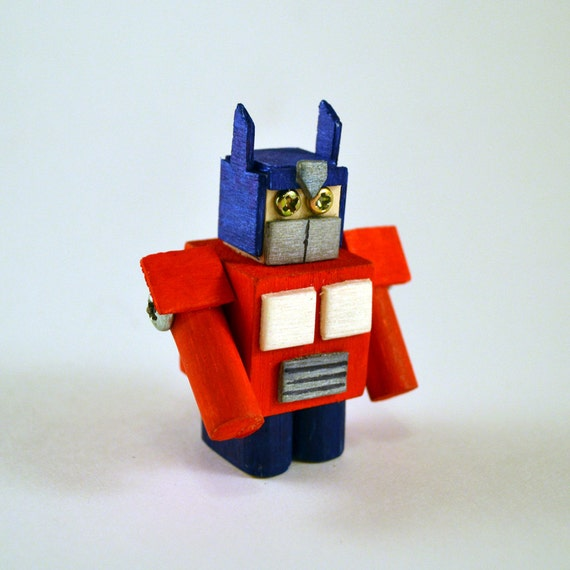 Optimus Prime Robot Sculpture, Mini Desk Art, Transformers Autobots, Office Toy, modern cubical decor