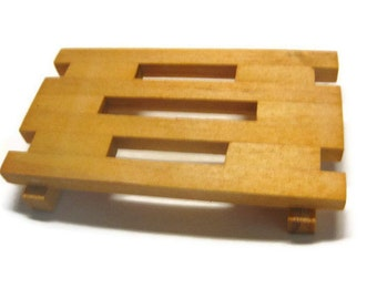 Geometric Pine Soap Dish