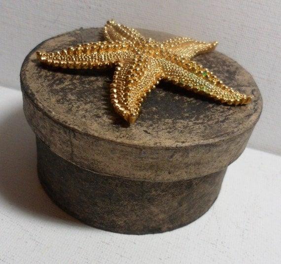 TREASURE- TRINKET BOX - Ocean Theme: Starfish - to hold your precious anythings.
