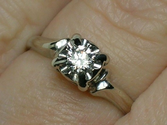 Vintage Engagement Ring. White Gold 1950s Mid Century Classic Solitaire