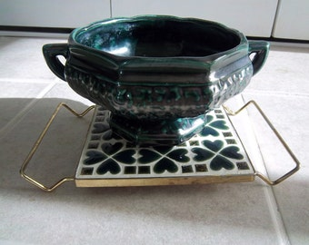 Vintage Emerald Green Planter Paired with Trivet