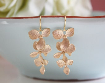 Gold Earrings, Dangling Orchid Earrings, Bridesmaid Earrings, Bridesmaid gifts, Wedding Jewelry, floral earrings, Best Friend, Birthday Gift
