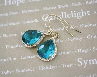 Blue Green Glass Drop Earrings, Bridesmaids Earrings, Bridal Earrings, Bridesmaid Gift, Birthday Gift, Girlfriend Gift, Best Friend Gift