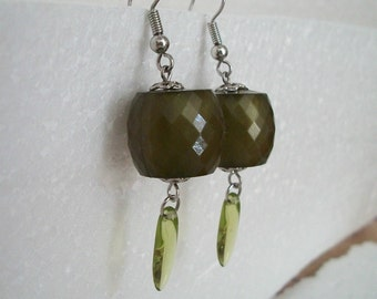 collectible Vintage Faceted Glass Earrings Pierced / Matching Necklace for Sale in separate Listing