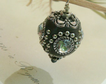 BoHo Jewelry charm, Indonesia Rhinestone Beads, Gray