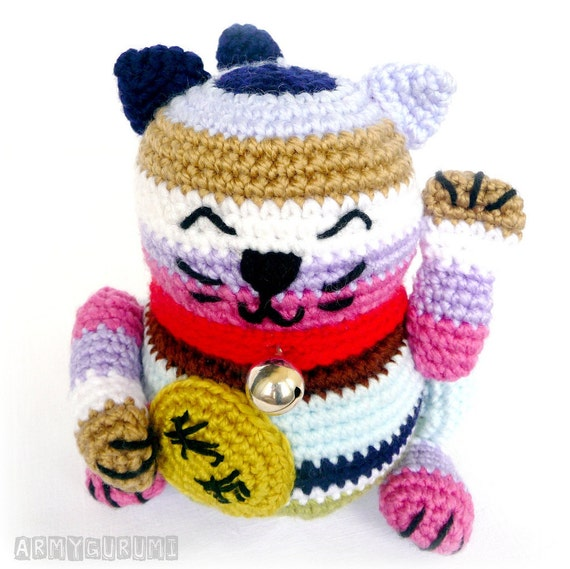 Items similar to Maneki neko amigurumi multipurpose ...