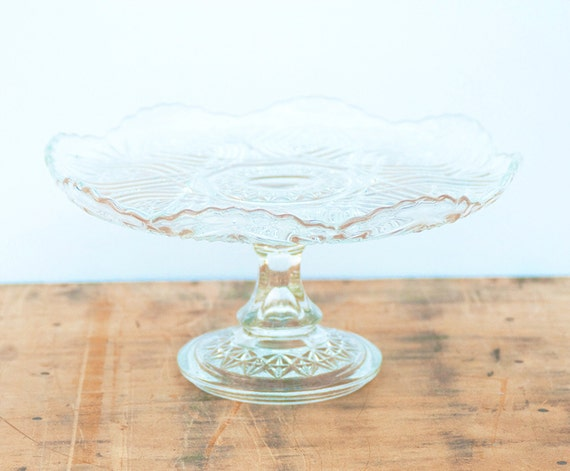 Glass cake stand - Vintage 1950's