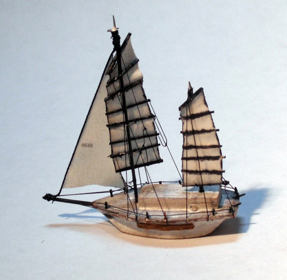 "Miniature Junk-Rigged Ketch: the ""Mélange"""