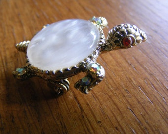 Turtle Shaped Gold Brooch/Pin with Gemstones