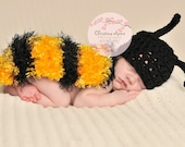 NEW Crocheted Newborn Baby Bumble Bee Hat and Snug Rug Back Cover for Infant Portraiture