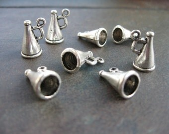 8 Megaphone Charms in Silver Tone - C543