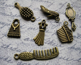 SALE - Collection of Beauty charms in bronze tone - C1187