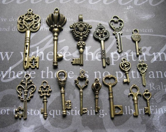 Larger Key Charms Pendants - Collection of 16 - Bronze tone  - C1222