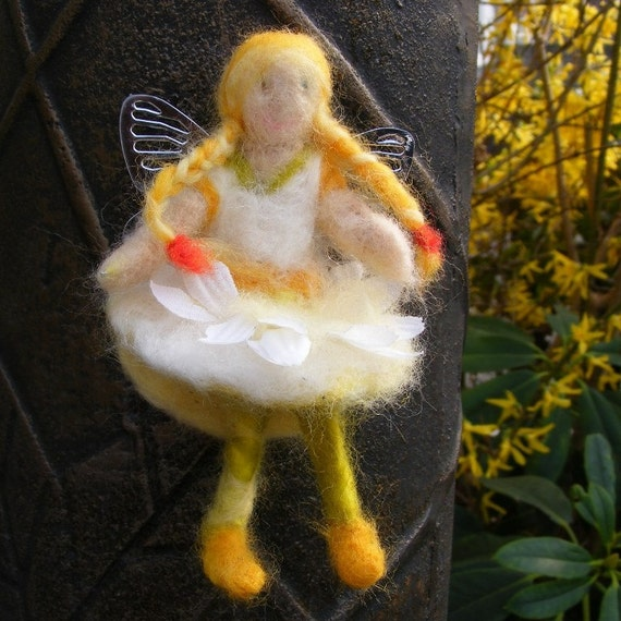 Magnetic Lemon Petal Fairy