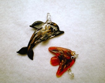 2 Glittery Glass Sea Creatures Pendants - Red and Black Fish Glass Charm Set