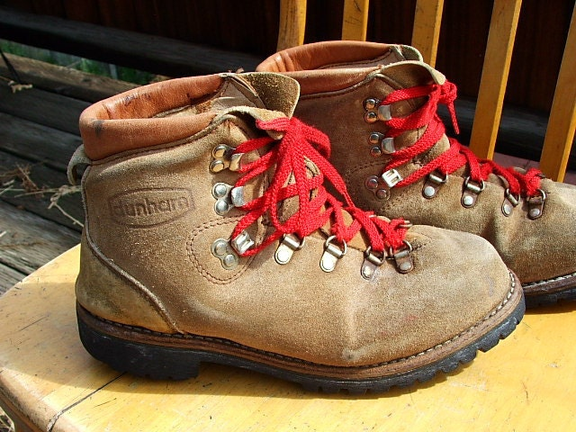 Vintage Womens Leather Hiking Boots Red Ties Dunham Size 7 1/2