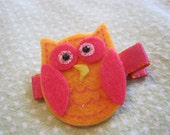 Pink and orange owl clip