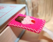 Chocolate cupcake with Pink Frosting Wool Felt Bookmark - Bright Pink