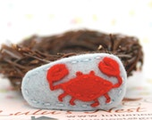 Red Crab Baby Blue Wool Felt Hair Clip - Small
