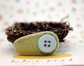 Cute as a Button Wool Felt Hair Clip Light Green