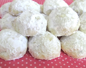 Soft Pecan Snowball Cookies