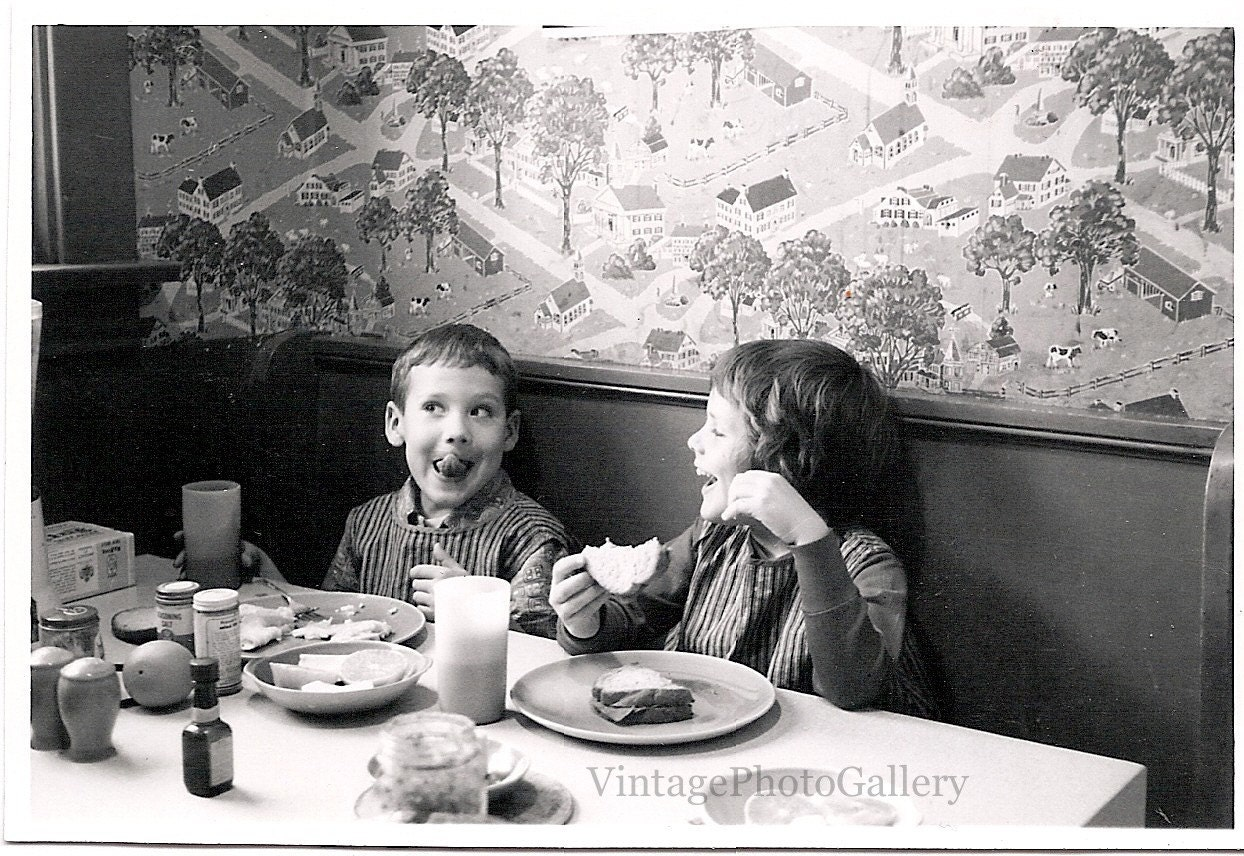 Vintage Breakfast 66
