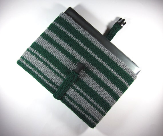 Laptop Sleeve, Harry Potter Slytherin (14-inch, 15-inch crochet computer case in green & silver gray)