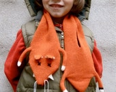 Knitted lambswool fox scarf