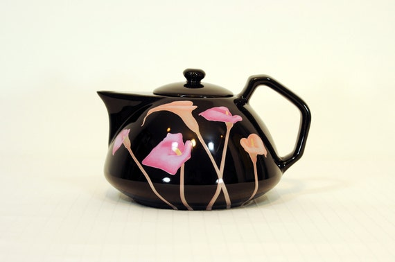 black Japanese teapot pink calla lily flowers glazed glossy Toyo tea pot